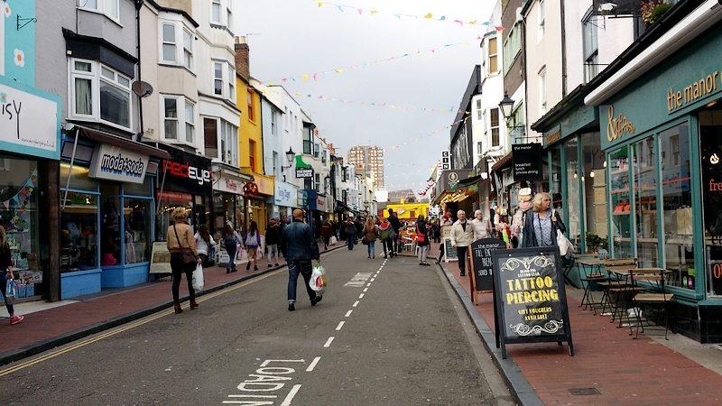 Brighton (9)